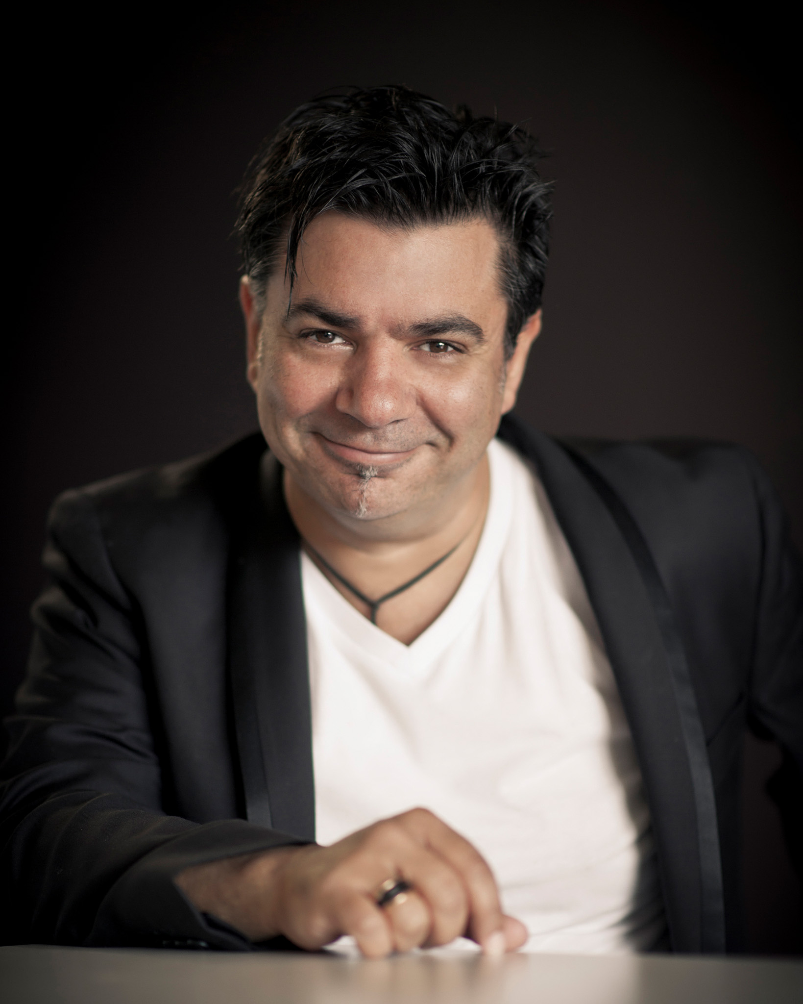 portrait of award winning Melbourne wedding photographer Rocco Ancora smiling looking into camera